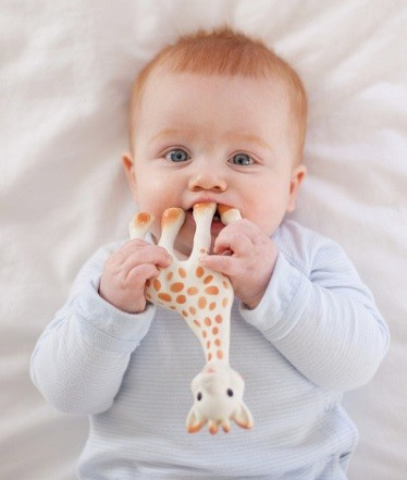 estimulacion girafe sophie para bebe
