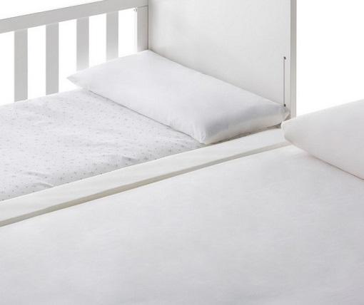 cuna colecho Mandarina junto cama