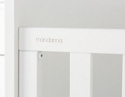 tornillos escondidos en cuna marca Mandarina