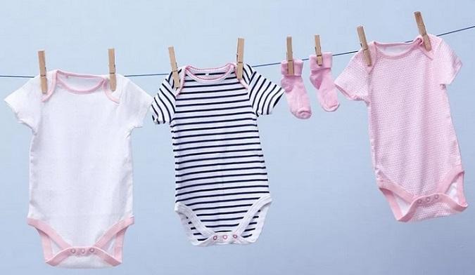 como lavar la ropa de recien nacido